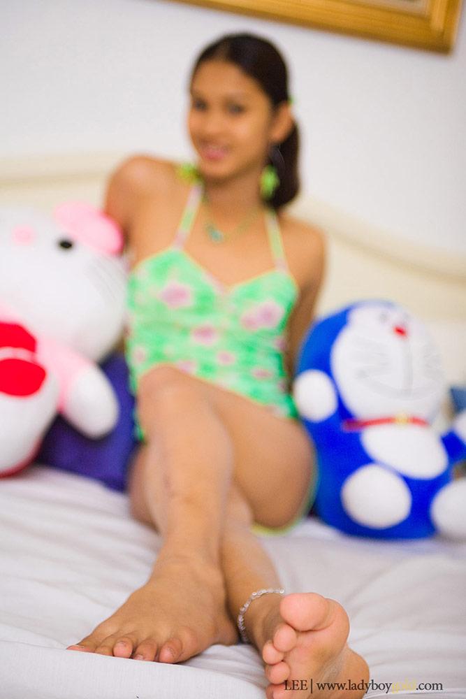 Teddy Ladyboy bear teen anny